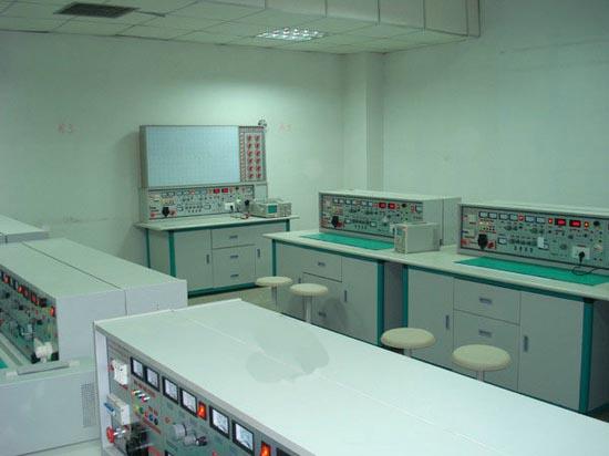 通用智能型电工、电子、电拖实验与技能实训考核台